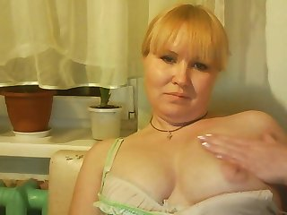 hot russian mature mom tamara play on..