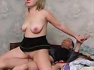 MATURE RUSSIAN HORNY MOM